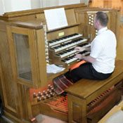 Anthony Hunt organist