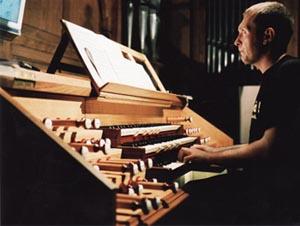 Anthony Hunt Organist